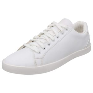 lightweight white sneakers